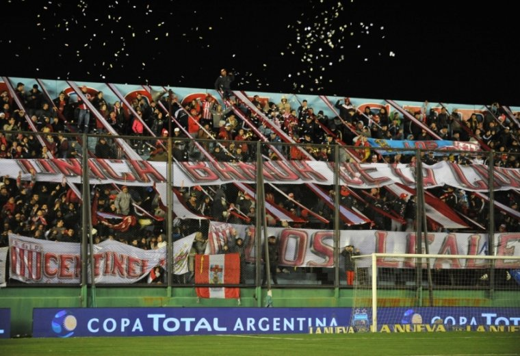 Estudiantes (LP) vs. Central Córdoba de Rosario